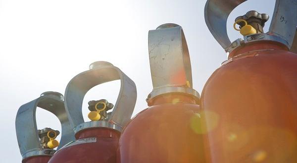 De gevolgen van omvallende gascilinders en waarom een beschermkap de oplossing is